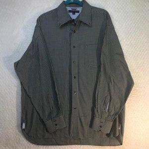 Tommy Hilfiger Men's Button Shirt Sz Xl